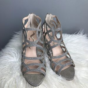 Nina Shoes Leather Straps Heels Size 8.5 Glittery